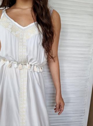 Sukienka chwosty BOHO biała