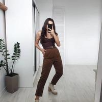 Spodnie VELLUTO brąz 🤎  Dostępne w kolorze brązowym i czarnym 🔥  #ottanta #zakupyonline #sztruks #brunette #spodnie #polishgirl #shopping #fashion