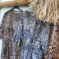 🐆🐆🐆  #leopard #panterka #print #brown #grey #beige #narzutkaplażowa #narzutka #plaża #bikini #sunny #opalanie #odzieżletnia #lato #holiday #outfit #pantera #photographer #picoftheday